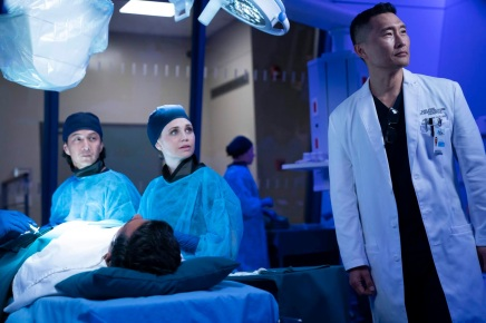 "THE GOOD DOCTOR - ""Episode 215"" (ABC/David Bukach) WILL YUN LEE, FIONA GUBELMANN, DANIEL DAE KIM"